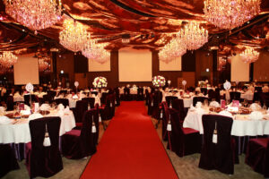 eleganckie dekoracje sali weselnej