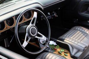 wypożyczalnia luksusowych samochodów
